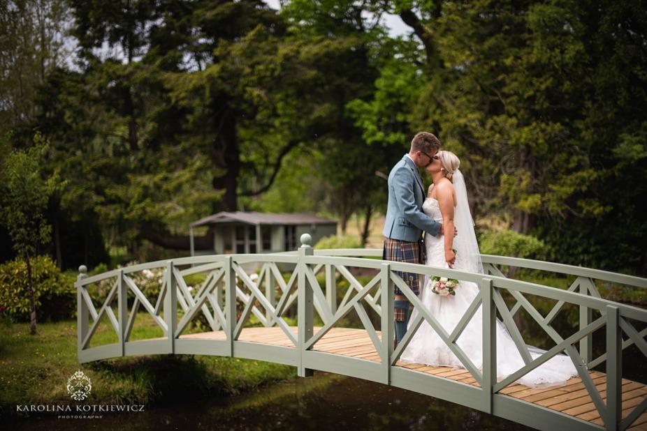 Glencorse Kirk wedding – Lisa and Jordan