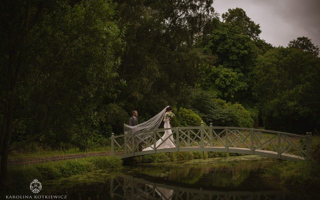 Romantic wedding at Glencorse Kirk – Harriet & Aaron